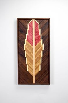 Reclaimed Wood Wall Art Hanging  Feather por RoamingRootsWoodwork
