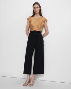 Cute Fashion, Fashion Pants, Japanese Minimalist Fashion, Japanese Crepes, Work Wardrobe, Cropped Pants, Women's Pants, Jacket Dress, Style