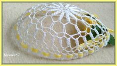 W okresie Świąt Wielkanocnych otaczamy się jajkami pod różnym postaciami. W moim kąciku robótkowym tworzą się już różne jajeczka, które w w... Easter Crochet, Tatting, Spring, Home Decor, Picasa, Decoration Home, Room Decor, Bobbin Lace, Needle Tatting