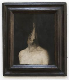 Nicola Samori l'umo riluttante 2013 Oil on wood Bizarre, Arte Horror, French Artists, Portrait Art, Contemporary Paintings, Occult, Art World, Dark Art, Painting Inspiration