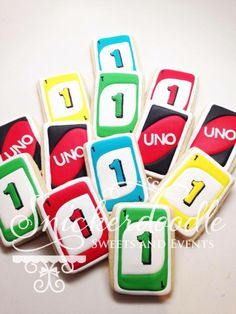 Uno card cookies