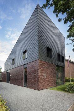 Samaca 39 Heavy classic leistenen gevelbekleding woonhuis te Hilvarenbeek. Lei Import B.V.:
