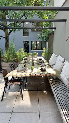 New concept city terras moderne balkons, veranda's en terrassen van lento interi. New concept city terras moderne balkons, veranda's en terrassen van lento interiors modern Outdoor Rooms, Outdoor Dining, Outdoor Gardens, Outdoor Decor, Outdoor Patios, Outdoor Kitchens, Garden Furniture, Outdoor Furniture Sets, Furniture Legs