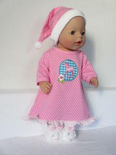 Voor Baby Born Girl een nachtjapon en slaapmuts Rosalin Poppenmode
