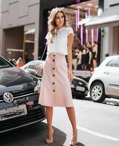 How to wear skirts ideas shoes Ideas Modest Dresses, Modest Outfits, Skirt Outfits, Modest Fashion, Dress Skirt, Summer Outfits, Casual Outfits, Cute Outfits, Fashion Outfits