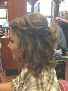 Sweet Prom Hair, Hair Prom Short homecoming – – - All For Hairstyles Box Braids Hairstyles, Prom Hairstyles For Short Hair, Dance Hairstyles, Best Wedding Hairstyles, Homecoming Hairstyles, Quick Hairstyles, Hairstyles 2018, Bandana Hairstyles, Medium Hair Styles