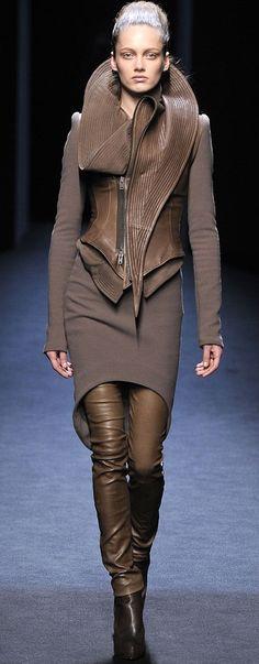 Karmen Pedaru (OUI) for Haider Ackermann Fall 2010 RTW. Photo: Marcio Madeira / FirstView.com  #Leather #Details