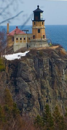 Split Rock Lighthouse is a lighthouse located southwest of Silver Bay, Minnesota, USA on the North Shore of Lake Superior. Split Rock Lighthouse, Silver Bay, Lighthouse Pictures, Beacon Of Light, Lake Superior, Le Moulin, Coastal, Beautiful Places, Scenery