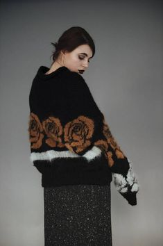 Designed & Produced to Last in Barcelona. Knitted sweater with chimney collar of high quality alpaca mixed with mohair yarns. Extra soft, light and warm garment produced with domestic knitting machine. A timeless piece and high quality garment that lasts all your life. Please, note