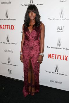 Naomi Campbell Photos - Model Naomi Campbell attends the 2015 Weinstein Company and Netflix Golden Globes After Party at Robinsons May Lot on January 2015 in Beverly Hills, California. - Weinstein Company and Netflix Golden Globes Party Vogue Uk, Vogue Fashion, Fashion News, Style Fashion, High Fashion, Fashion Trends, Naomi Campbell, Marsala, Golden Globes After Party
