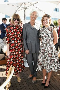 Anna Wintour Photos Photos - (L-R) Vogue Editor-in-Chief Anna Wintour, Managing Director of the International Monetary Fund Christine Lagarde and Editor in Chief of Glamour magazine Cynthia Leive attends Glamour Women Of The Year 2016 LIVE Summit Power Lunch at NeueHouse Hollywood on November 14, 2016 in Los Angeles, California. - Glamour Women Of The Year 2016 LIVE Summit Power Lunch