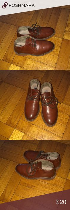 Harper Canyon Pre-owned boys casual shoe, nice shade of brown, lace up, very light& comfy, purchased at Nordstrom rack, no trades. Shoes Dress Shoes