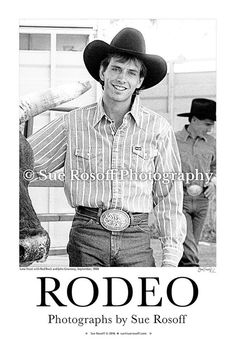 Lane Frost with Red Rock's horn and John Growney in the background Photo Poster Black and white on 13 x 19 paper, Office, Man Cave Odell Beckham Jr Wallpapers, Cowboys Men, Real Cowboys, Lane Frost, Country Boys, Country Life, Country Music, Bucking Bulls, Cowboys