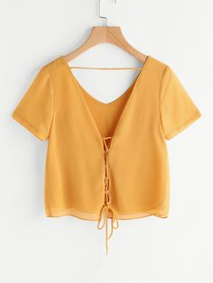 Yellow v-neck lace up short sleeve chiffon top blusa color mostaza, camisa de Girl Fashion, Fashion Outfits, Fashion Top, Stylish Clothes For Women, Cute Crop Tops, Denim Coat, Ladies Dress Design, Diy Clothes, Blouse Designs