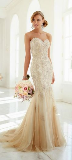 Stella York 2015 strapless sweetheart mermaid beige lace wedding dress - kinda sorta exactly what i want
