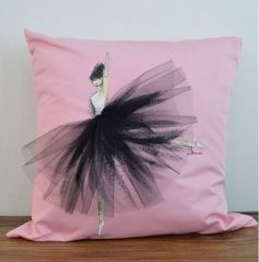 Custom designed for girl's room, or grown ups loving ! Diy Pillows, Decorative Pillows, Throw Pillows, Sewing Pillows, Cushion Covers, Pillow Covers, Funky Cushions, Cushion Source, Diy Crafts To Do