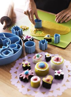 Spring Entertaining - With DRÖMMAR pastry cutters, your homemade sweet treats will look like you had as much fun making them as your guests will have eating them.