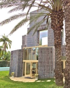 Frank Gehry's Schnabel House, Photo Romi Cortier