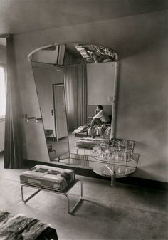 wehadfacesthen: Fritz Lang's dressing room at his home in Berlin, 1932, photographed by Martin Munkácsi