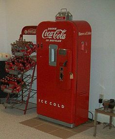 1000+ images about Coke machines on Pinterest | Vintage ...