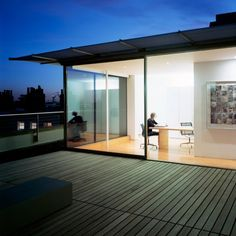 This simple and modern London penthouse was designed by Stanton Williams, its Georgian terrace is so open, calm and light. Stanton Williams, Georgian Terrace, Hayward Gallery, Pent House, Design Consultant, Home Bedroom, Nice View, Home Projects, Interior Architecture