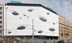 A futuristic facade for a new shopping center in the city of Brno. Shopping Center, Czech Republic, Futuristic, Most Beautiful Pictures, Facade, Cities, Shopping Mall, Facades, Bohemia