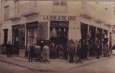 calle Arco de Verónicas.Murcia. la bola de oro En 2013 EXISTE AUN INCLUSO LA MISMA TIENDA TAL CUAL