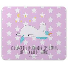 Mauspad Druck Einhorn Sternenhimmel aus Naturkautschuk  black - Das Original von Mr. & Mrs. Panda.  Ein wunderschönes Mouse Pad der Marke Mr. & Mrs. Panda. Alle Motive werden liebevoll gestaltet und in unserer Manufaktur in Norddeutschland per Hand auf die Mouse Pads aufgebracht.    Über unser Motiv Einhorn Sternenhimmel  Das Einhorn mit dem Blick in die Sterne ist die beste Art, um Freunden zu sagen, dass sie ein bisschen verrückt sind, aber super. Wer will schon langweilige Freunde? Dann…