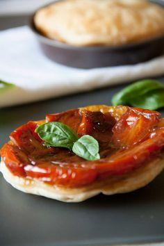 Tatin di pomodori (cherry tomatoes mini tarte tatin)