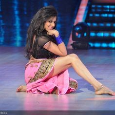 Hottest Celebrities Midriff - Indian Television Actress Drashti Dhami