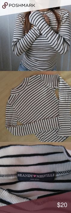 Brandy Melville Striped Top A cute b&w striped top to go with almost anything in your wardrobe! Pre-owned and in good condition. It's a one size, but fits like a size small.   Thank you for visiting my closet! Please let me know if you have any questions 😊. Brandy Melville Tops Tees - Long Sleeve