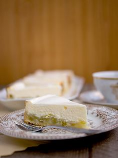 Rebarborový tvarohový cheesecake Nigella Lawson, Cheesecake, Feta, Great Recipes, Camembert Cheese, Food And Drink, Dairy, Cheesecakes, Cherry Cheesecake Shooters