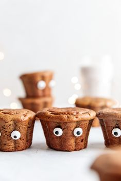 These scrumptious spooky Franken-muffins are flourless, refined sugar-free, and packed with peanut butter and pumpkin. A delightful alternative to the classic overly sweet and unhealthy halloween treats. Candy Eyeballs, Substitute For Egg, Baking Muffins, Pumpkin Puree, Dairy Free, Gluten Free, Halloween Treats, Baking Soda, Sugar Free