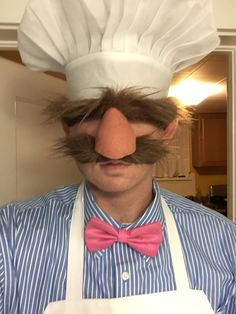 The Swedish Chef! Who else remembers this one? ★ Via ★ ★ ★ ★ Halloween Costume Ideas ★ Men's Halloween Costume ★ Halloween Costume Men ★ Halloween Party Ideas ★Halloween Celebration ★ Creative Costumes, Cute Costumes, Diy Halloween Costumes, Halloween 2019, Halloween Cosplay, Holidays Halloween, Halloween Makeup, Cosplay Costumes, Halloween Party