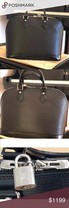 Authentic Louis Vuitton s Alma PM Epi Leather Bag Icon Authentic  2160 Louis  Vuitton Epi Leather Alma 7d2fafd2e448c