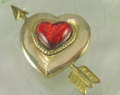 #Vintage heart pin with a large red Lucite heart shaped cabochon  set in a gold…