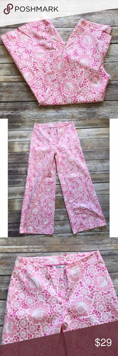 "❗️SALE❗️Lilly Pulitzer Wide Leg Pants Lilly Pulitzer Wide Leg Pants featuring a hook and eye closure and zipper. Has one back pocket. Measurements laying flat waist: 16""/ front rise 9""/ back 12""/ leg opening 11.5""/ inseam 31"". Lilly Pulitzer Pants Wide Leg"