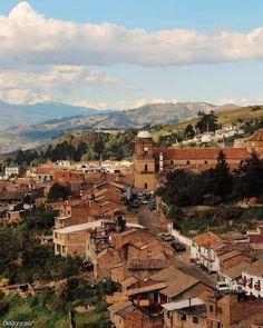 15 Planes cerca a Bogotá | Destinos turísticos de naturaleza y cultura The Places Youll Go, Places To Visit, Colombia Travel, Paris Skyline, Grand Canyon, Travel Destinations, Travel Photography, Explore, Adventure