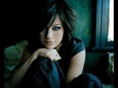 ▶ Kelly Clarkson - Haunted (MY DECEMBER) - YouTube