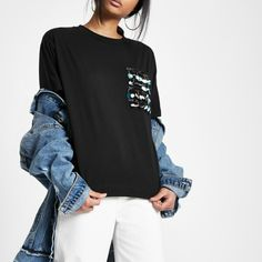 ec2e32a834b Jersey fabric Sequin embellished patch pocket Crew neck Short sleeve Boxy  fit Our model wears a UK S and is tall