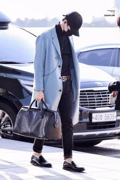 """can we talk about how yoongi snapped with these outfits"" Jimin Airport Fashion, Bts Airport, Kpop Fashion, Airport Style, Korean Fashion, Mens Fashion, Guy Fashion, Fall Fashion, Style Fashion"