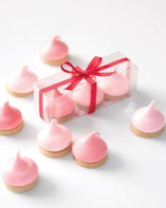 Marshmallow Kisses Recipe - para el baby shower de recuerdo com papel celofan