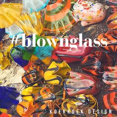 Buying more #blownglass for our collection. Lovely vibrant colours to lighten up your house! #light #lightining #blown #glass #color #blue #yellow #bulbs #flowers #sculpture #monumental #art #design #interior #interiordesign #handmade #decor #diseñodeinteriores #diseñomx #mexico #guadalajara #cdmx #df #mty #tonala