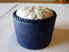 Yves Rocher Trinket Box with Porcelain Lid and by LaCassoulere, €12.00