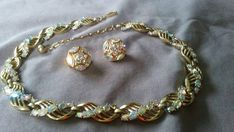 CROWN TRIFARI AB Crystal Rhinestone Collar Necklace and Clip