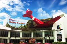 Think you've travelled the world and know it like the back of your hand? Well, think again. Everything you see at Ripley's Believe It or Not! in Pattaya will challenge your thoughts and perceptions of the world – the one that you already know and one