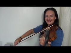 ▶ HOW TO: Bow Quickly - How to use your wrist properly - YouTube