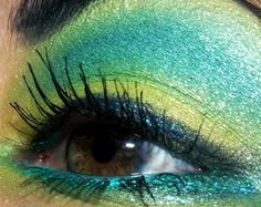 Looks - Over-the-top Green, Blue, and Teal Eye (Originals Entry)