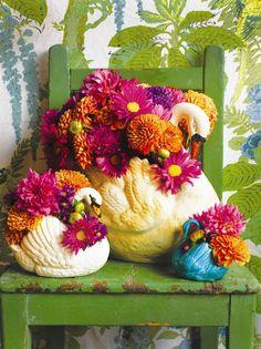 Beauty Break – Page 4 – happy buddha breathing Chrysanthemum, Fresh Flowers, Beautiful Flowers, Diner Spectacle, Origami Wedding, Alternative Wedding, Vintage Flowers, Decoration, Floral Arrangements