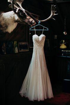 Reem Acra wedding dress, photo by Lev Kuperman http://ruffledblog.com/kaaterskill-ny-wedding #weddingdress #weddinggown